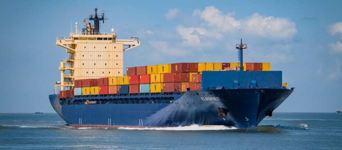 container-ship-gc6d9a55f2_1280