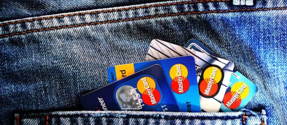 credit-cards-1583534_1280
