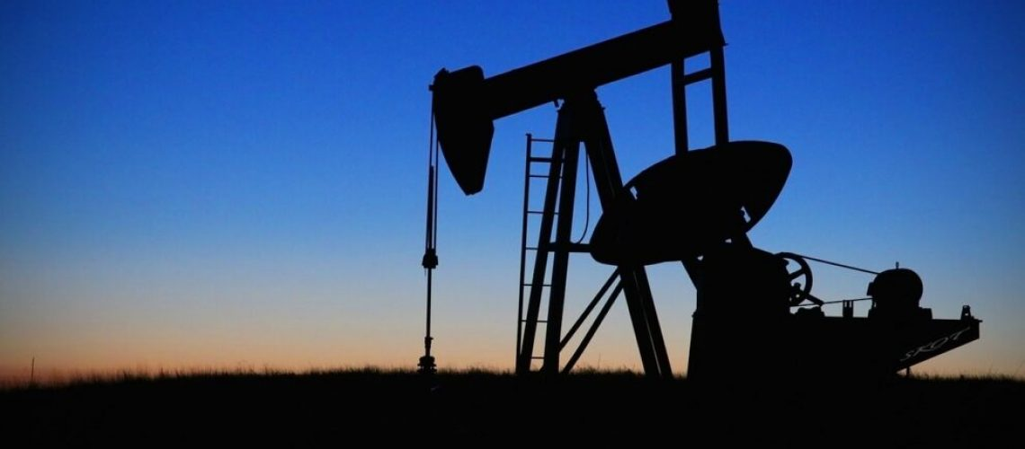 ropa, těžba, pohonné hmoty